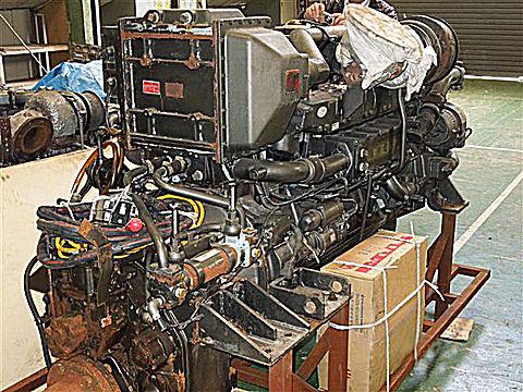 6M132AP-3 700PS(515KW)