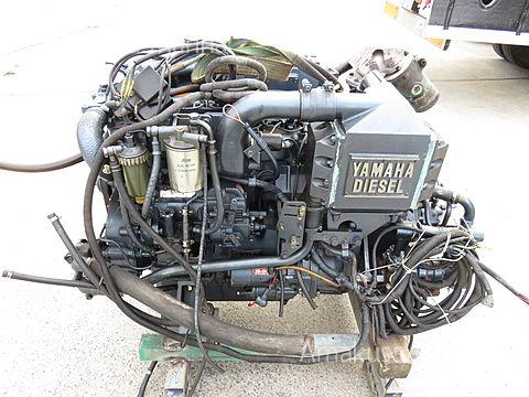 D380KUH 165ps